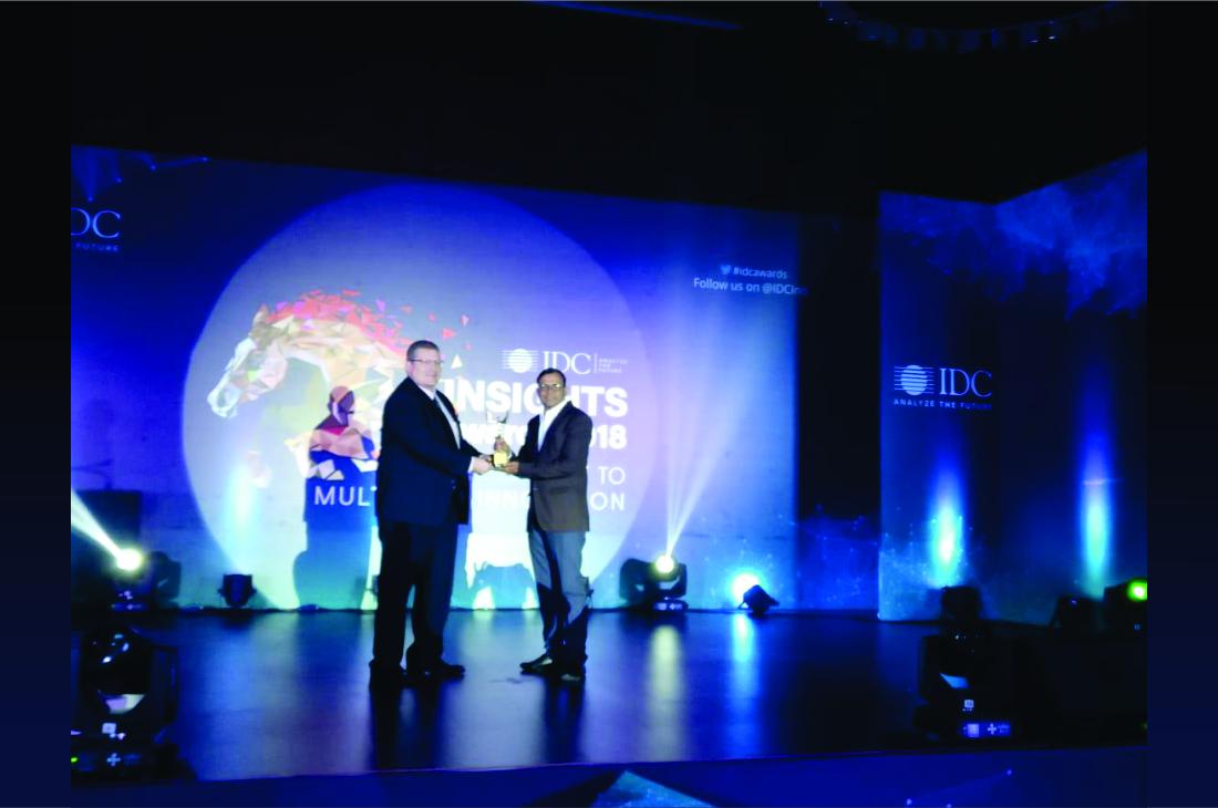 1100x729px_Award 5